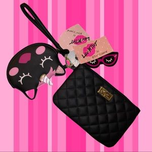 NWT!! Betsey Johnson wristlet with change purse